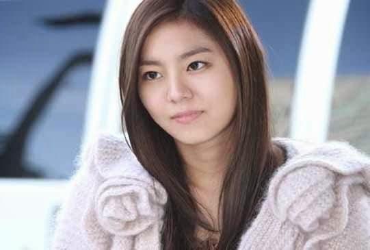 Yoo Hee Yi
